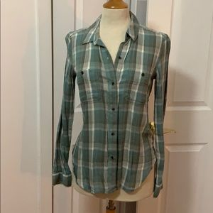 Set of plaid shirts. Both sz S red and mint